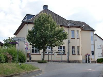 Schule Schwalheim 2010